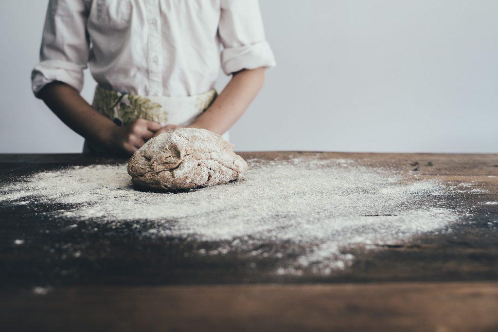 Jak przygotować kluski kładzione z mąki pełnoziarnistej;