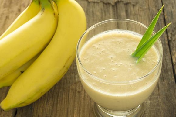 koktajl-banan-zywnosc