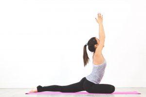 Domowa siłownia – poznaj ćwiczenia na smukłe nogi!
