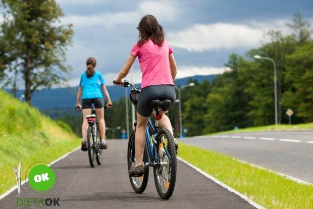 z13753342Q,Trening-na-rowerze-to-swietny-sposob-by-zrzucic-zb