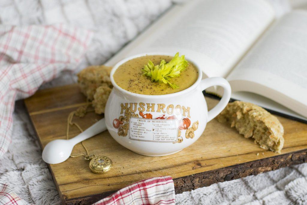 Jak przygotować pyszną zupę z brokułów.