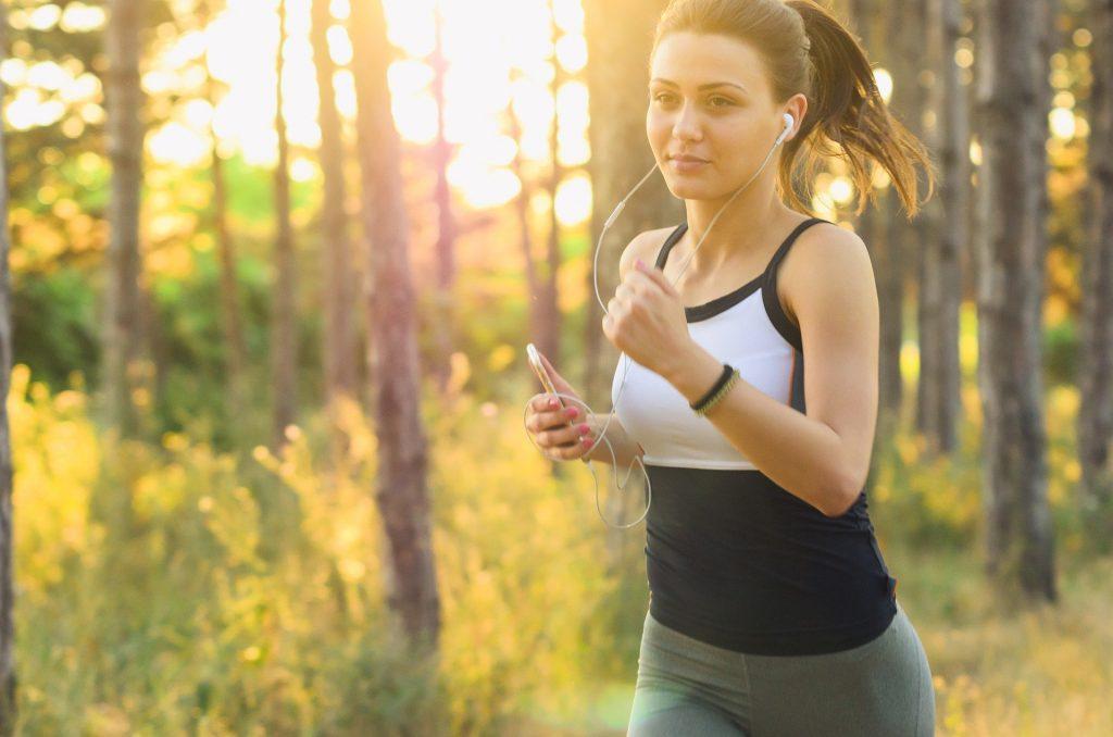 Jak przygotować się do treningów biegowych?