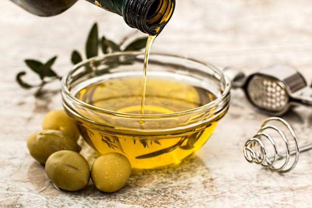 Oliwa z oliwek – jak spożywać?