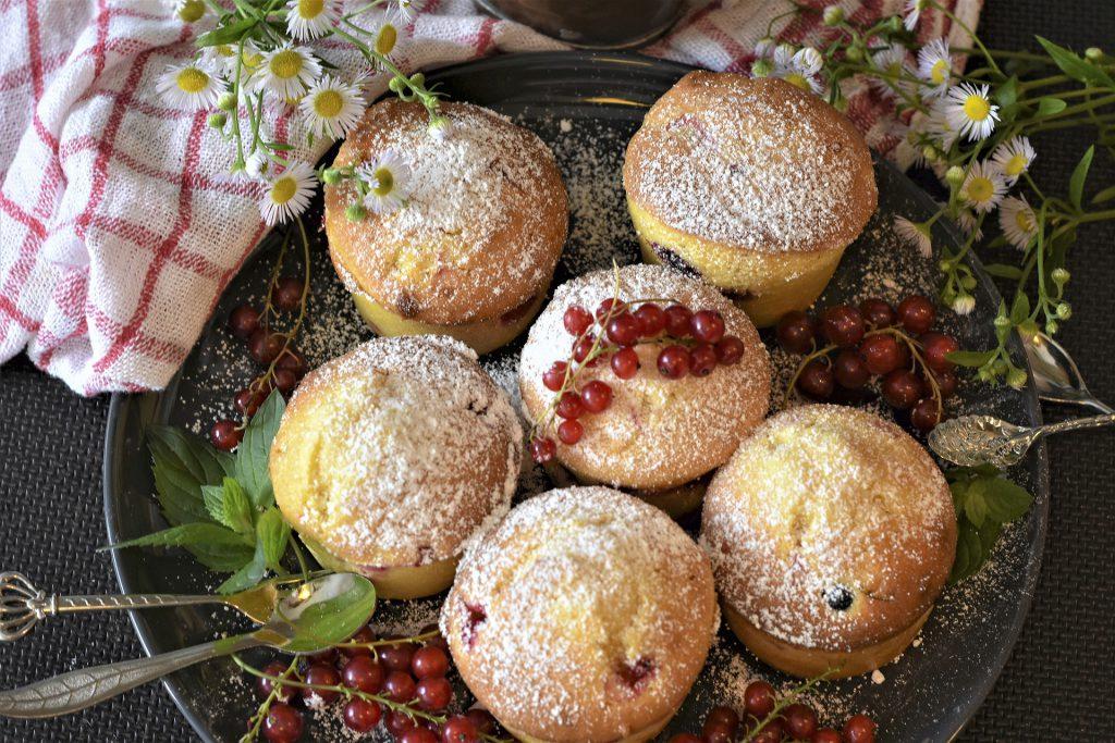 Jak upiec słodkie muffinki szpinakowe?