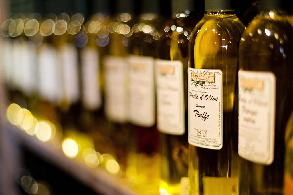 Dlaczego warto mieć w swojej kuchni oliwę z oliwek;