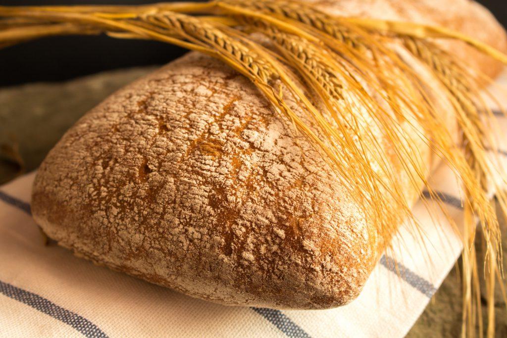 Czym jest gluten i skąd pochodzi;