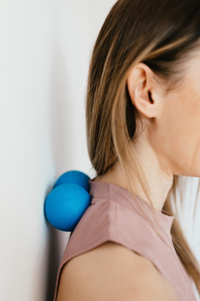 Samodzielne ćwiczenia w domu i zmiana nawyków