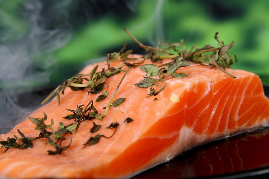 Jakie właściwości zdrowotne wykazują kwasy omega-3